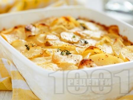 Огретен с картофи, сметана и билки - снимка на рецептата